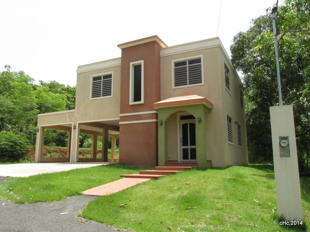 Moderna y cómoda Residencia de dos niveles con 3h\3b en solar de 800 m\2,