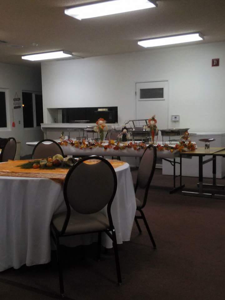 2015 ANNUAL THANKSGIVING DINNER FEEDING!