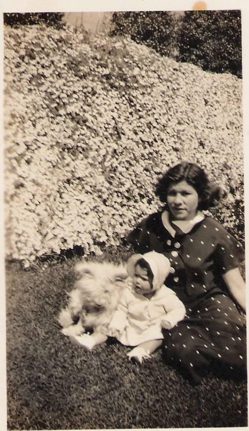 Aunt Vera & Gloria