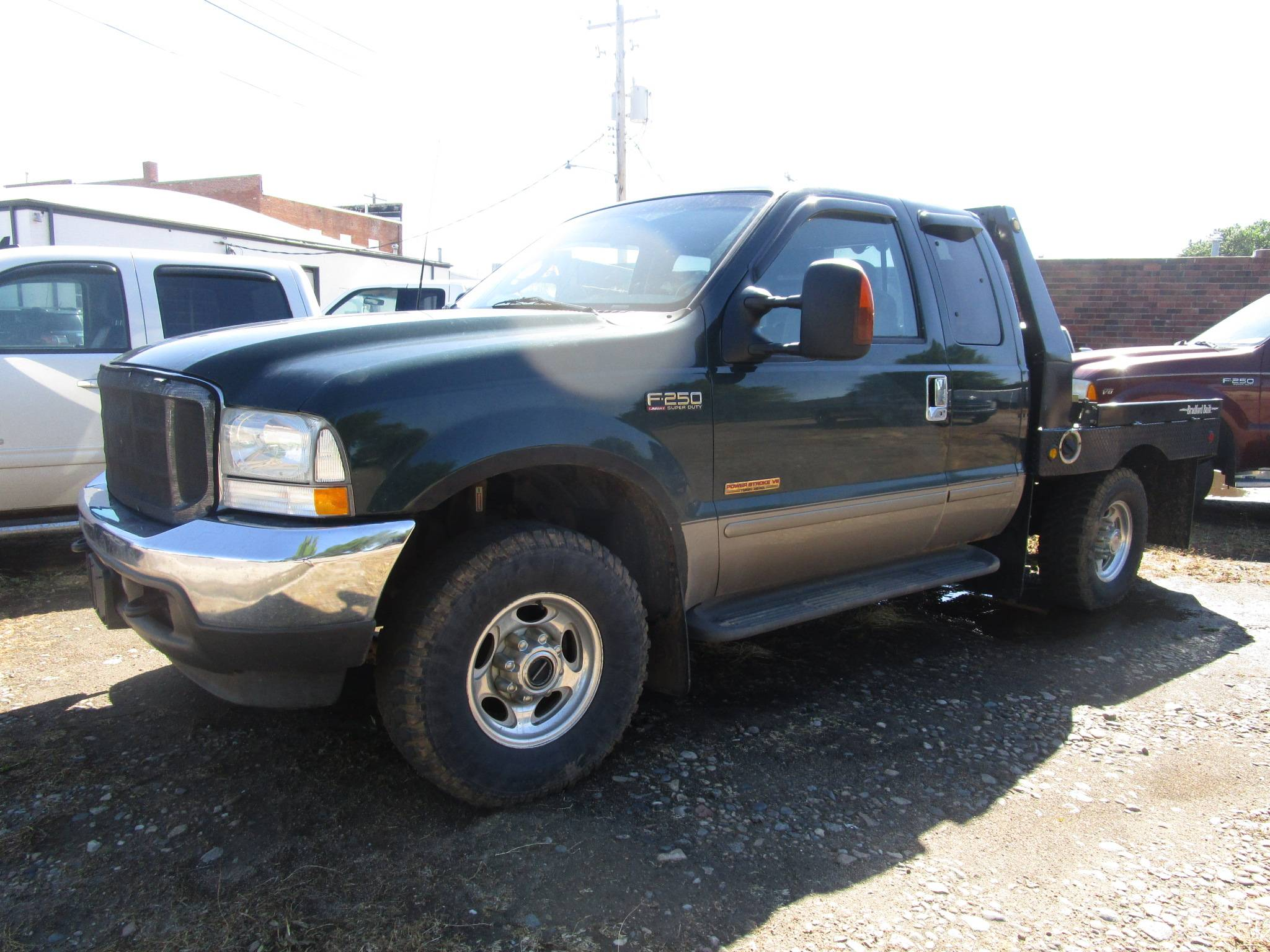 2003 FORD F250 $10,900