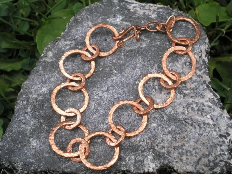 Copper loop bracelet