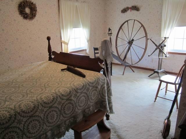 Trumansburg-Single Bedroom