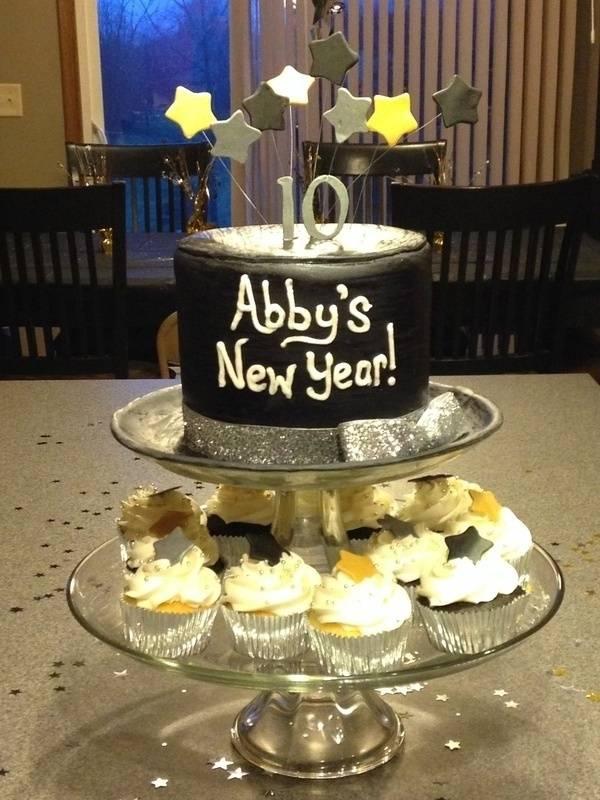 New Year themed Birthday Cake