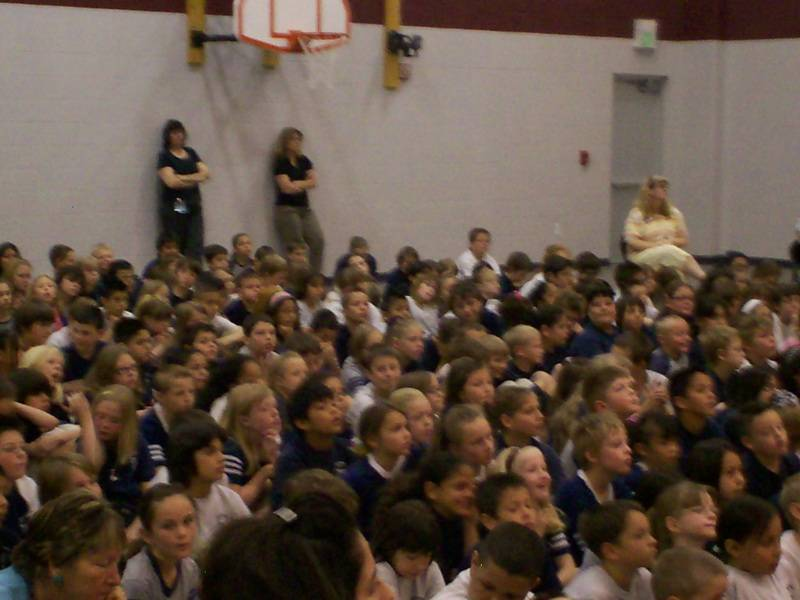 The Chorale sings for Prairie Winds Elementary in Pueblo West