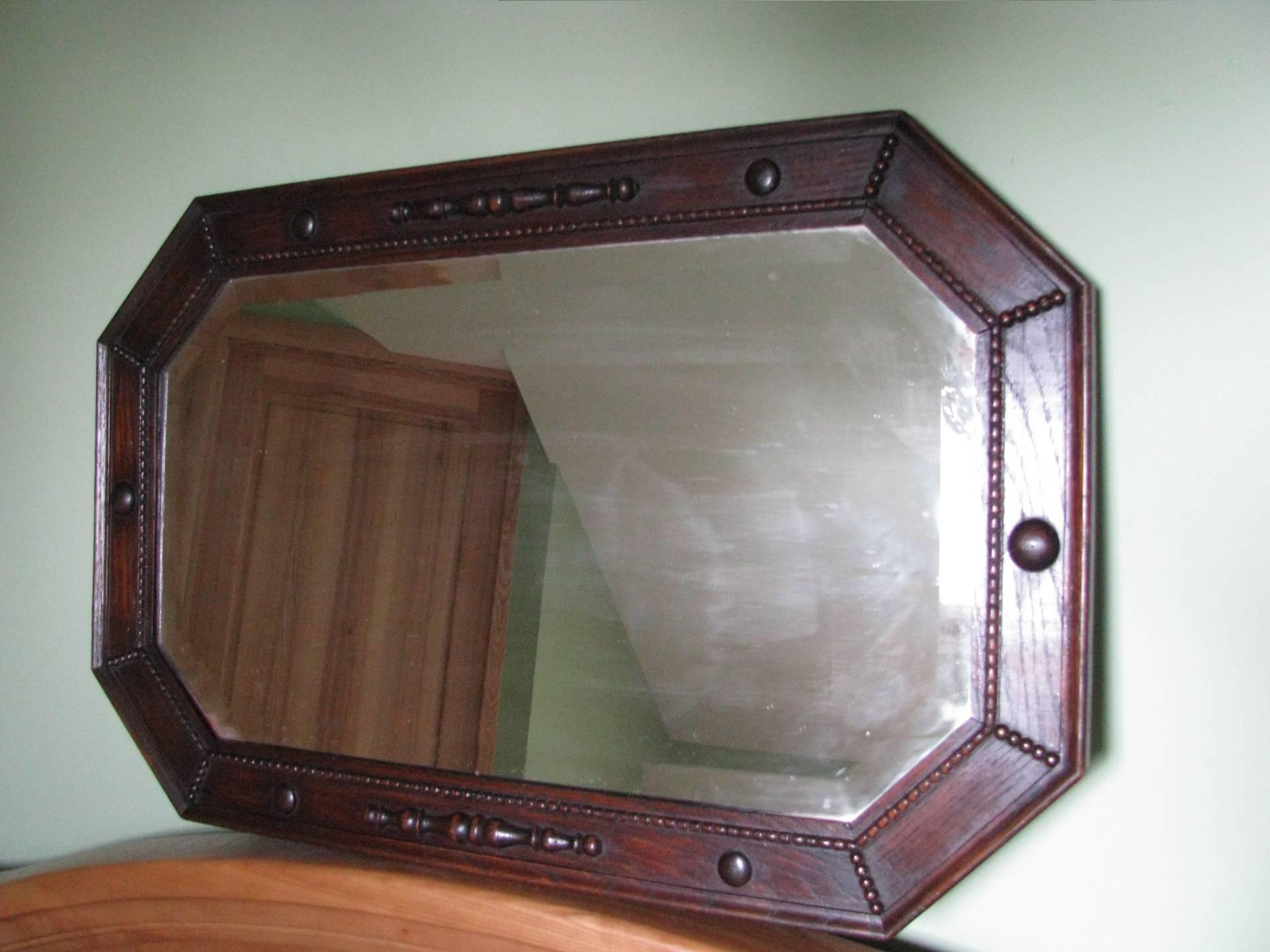Antikvarinis veidrodis. Kaina 122 Eur.