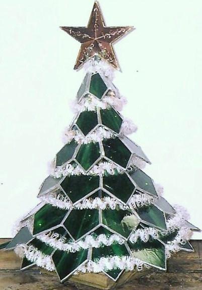 3-D CHRISTMAS TREE LIGHTED