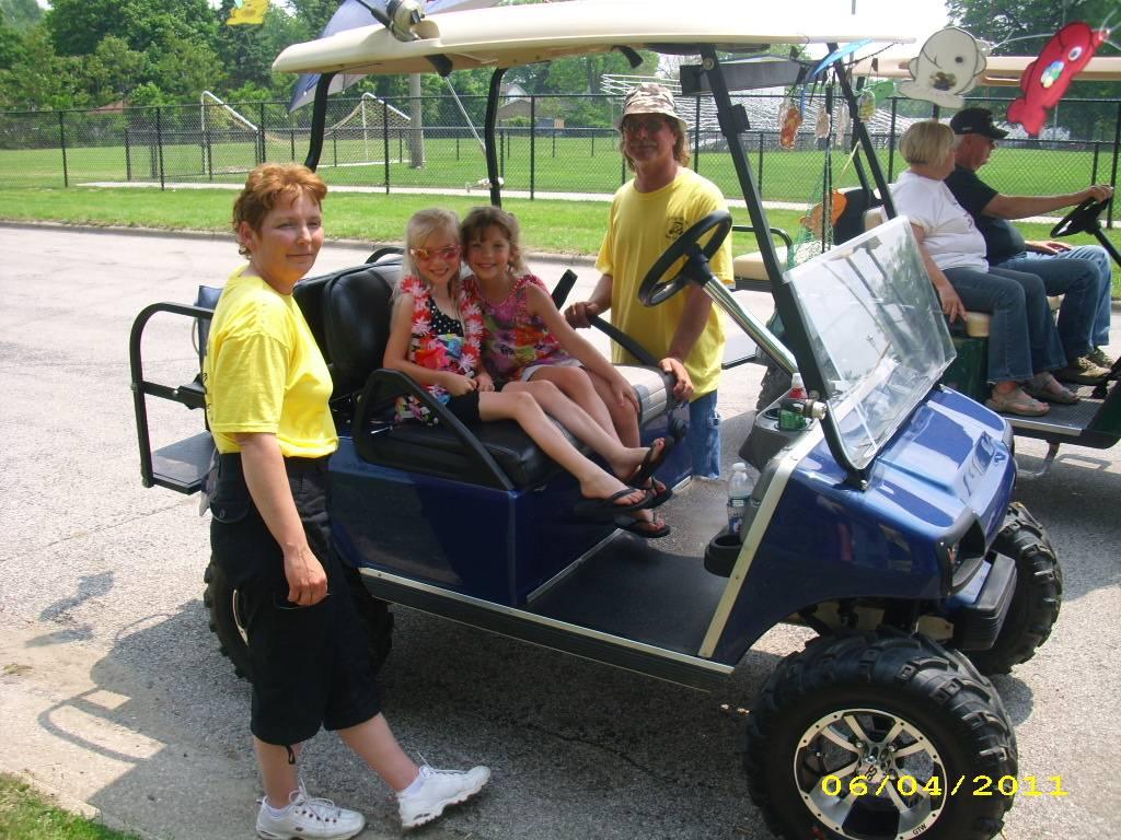 Doug, Vicki and girls