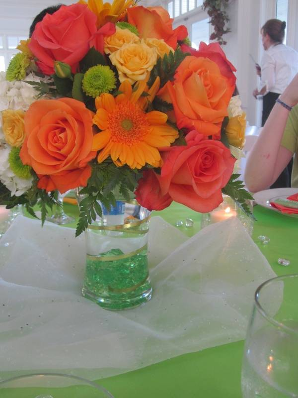 Table Centerpiece - low gathered vase