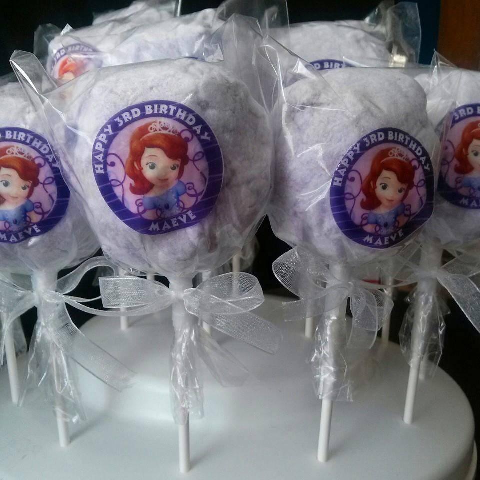 Cotton candy party favors