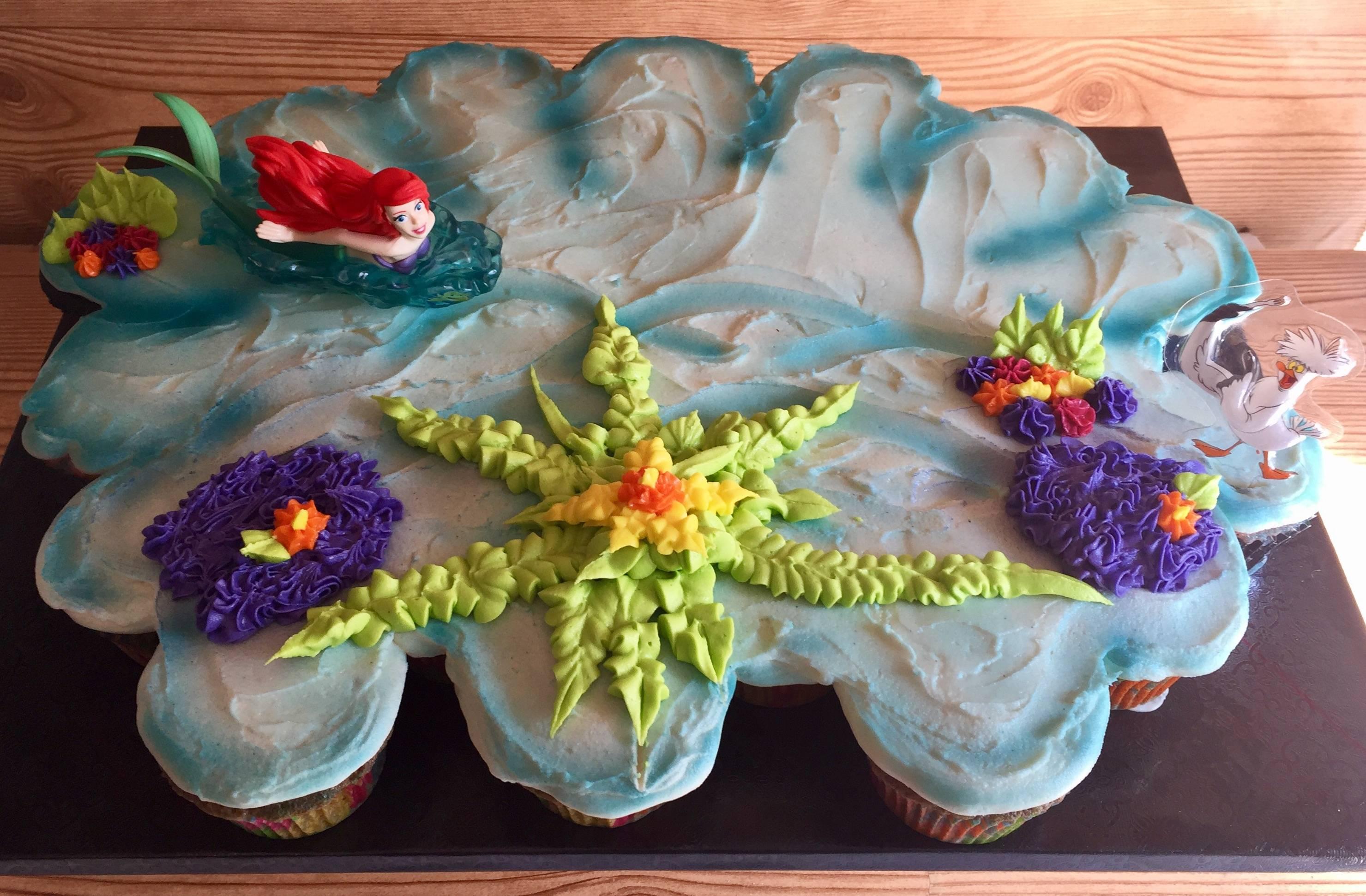 Little Mermaid pull apart cake
