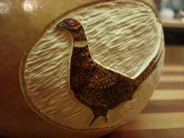 Pheasant gourd container-detail