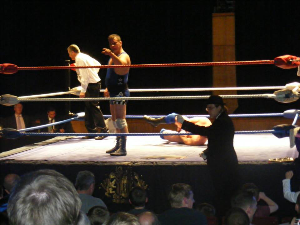 Ritchie warns audience