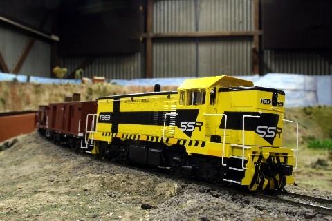 T363 DECENDS TOWARDS ROWESLY