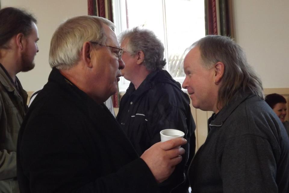 Banger Walsh, Bob Barratt