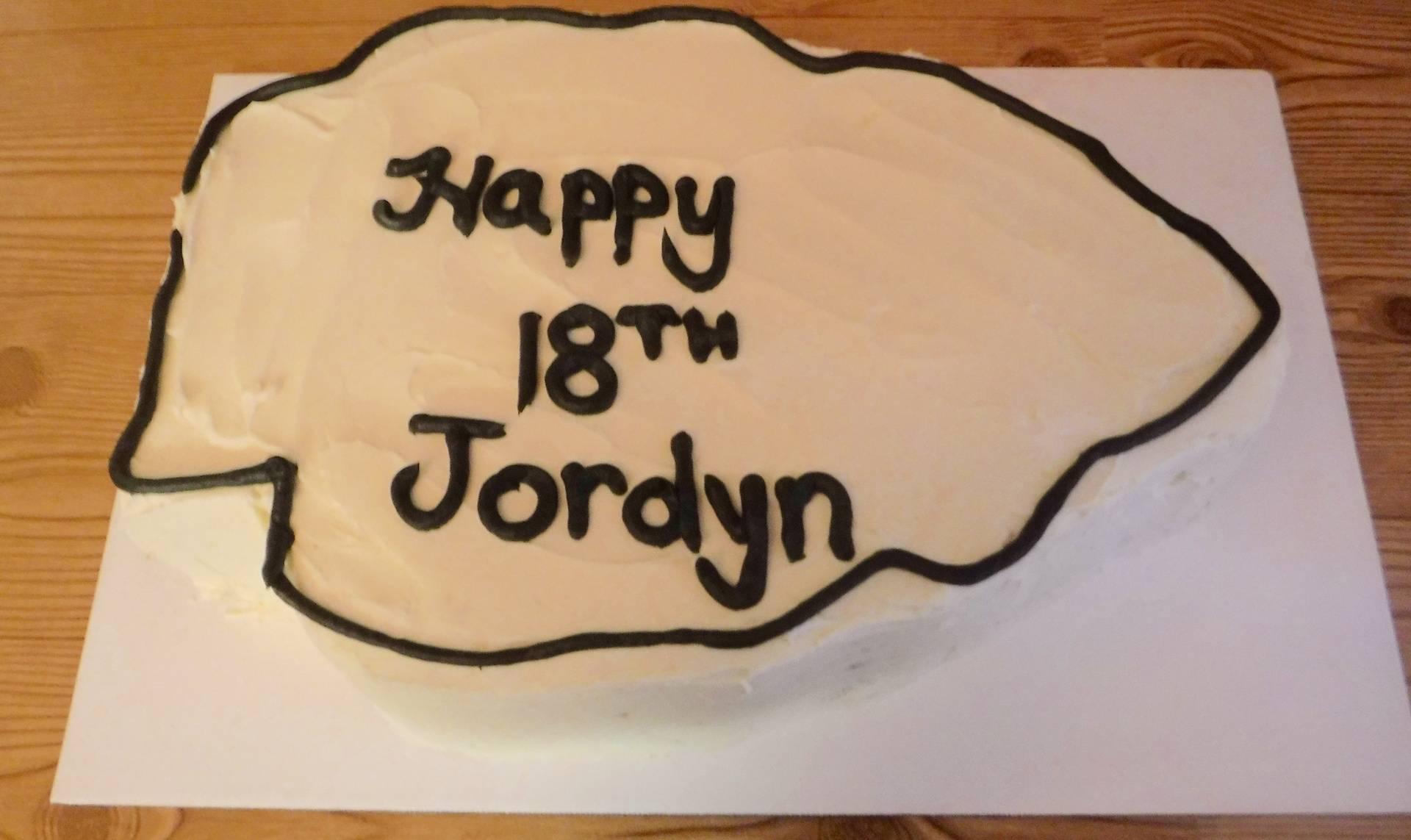 Arrowhead shaped cake