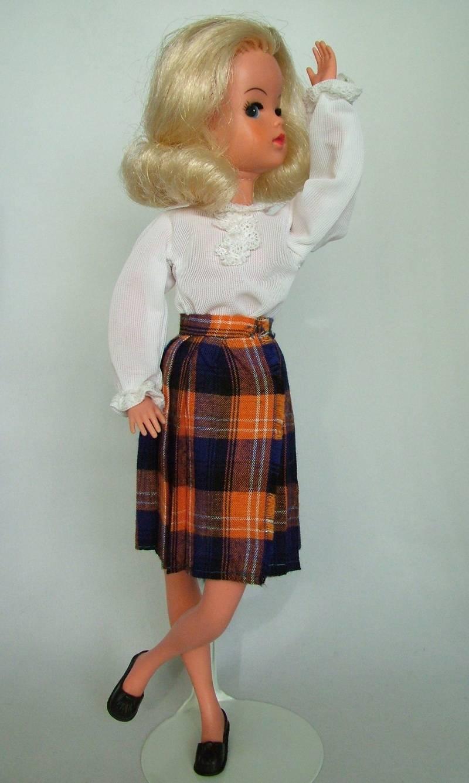 McSindy - orange & navy tartan - blouse detail