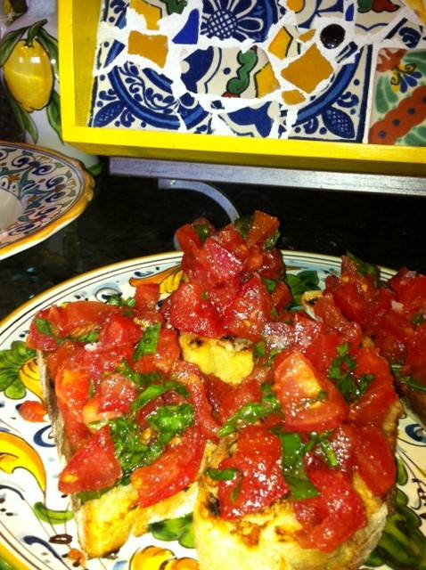 Bruschetta with Tomatoes & Basil