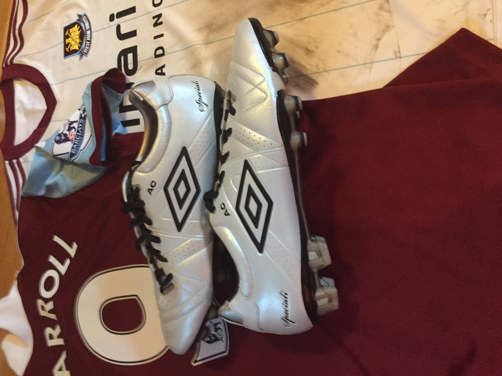 Andy Carroll´s personalised and signed worn boots