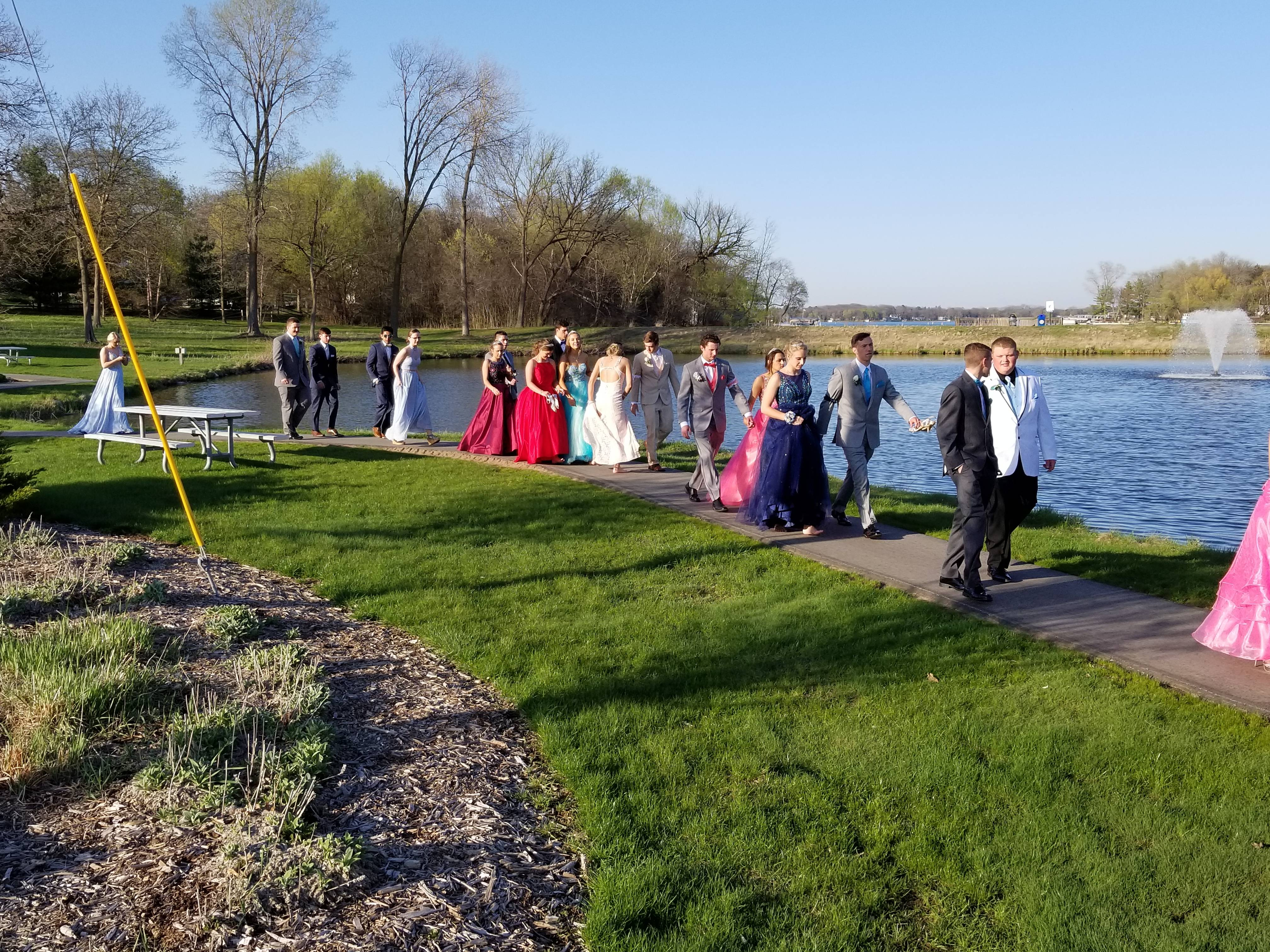 Eagle Prom 2018 Catching up