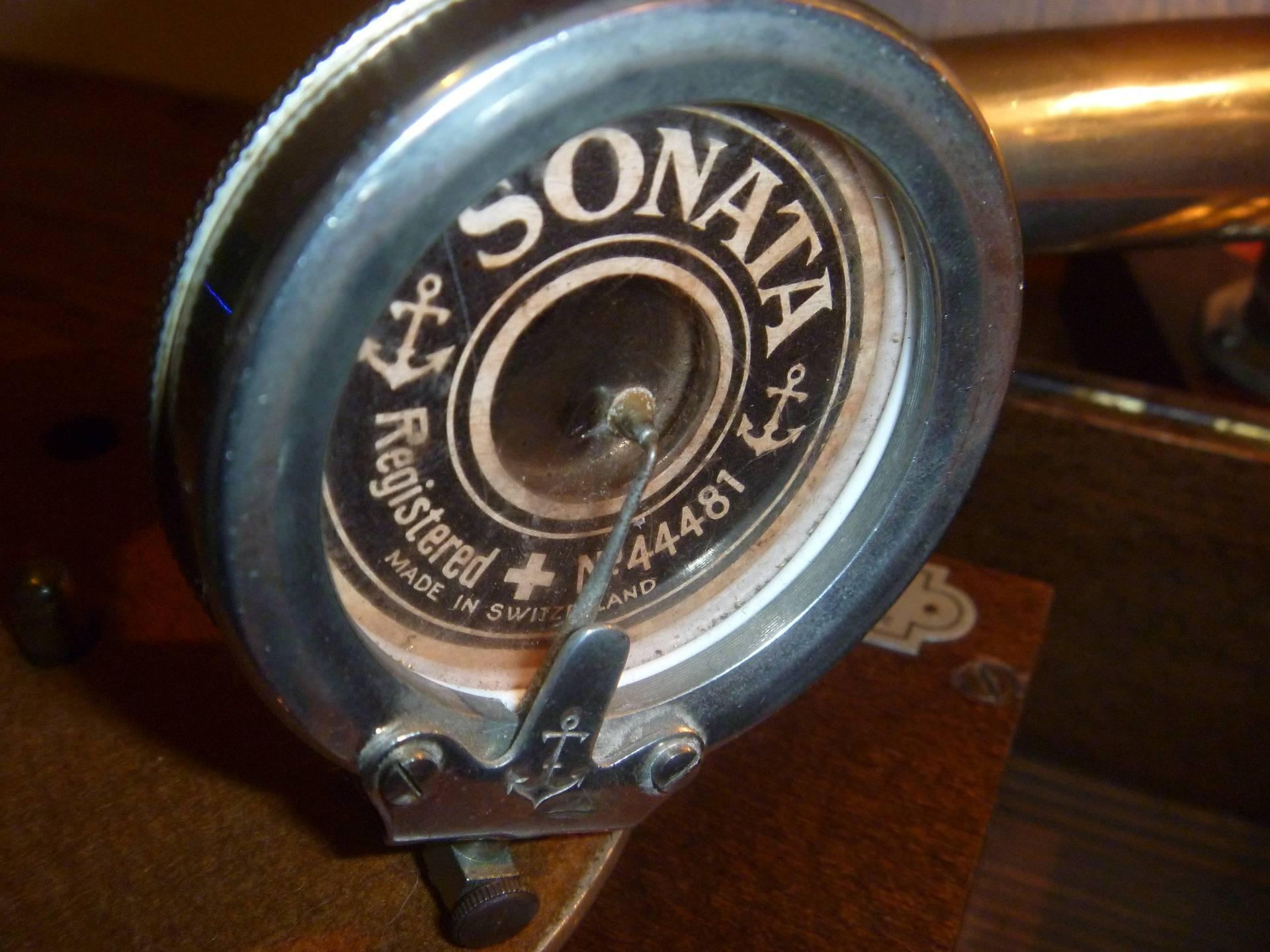 Soundboxes 9