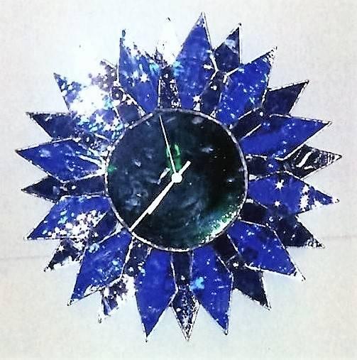 3-D BLUE DIAMOND CLOCK