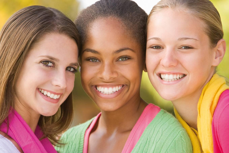 Trois beaux sourires