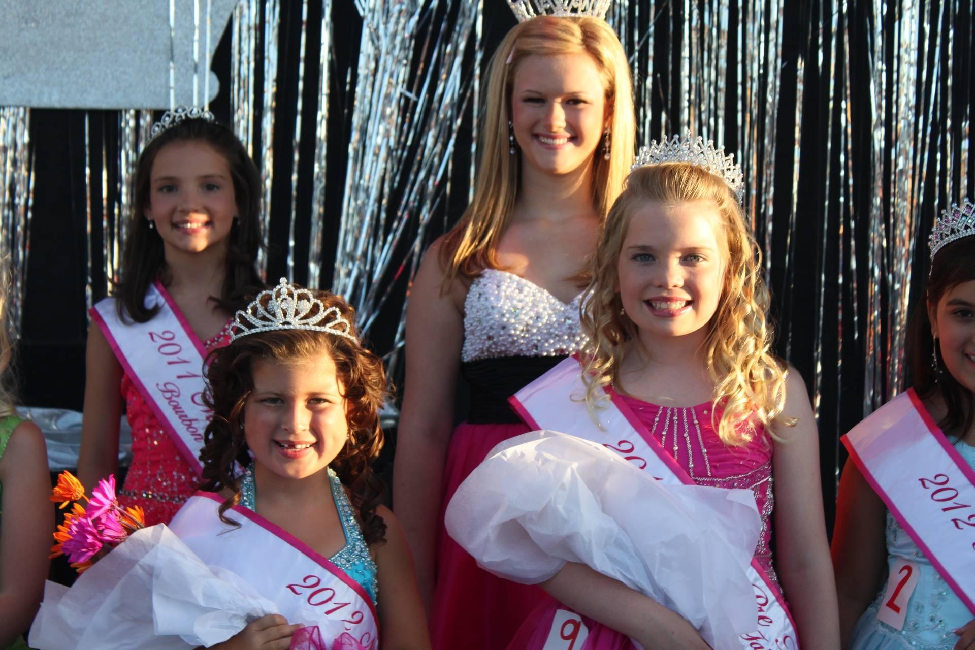 2012 Miss Jr PreTeen Kadyn GIbson and Miss Pre Teen Keelie Jolly