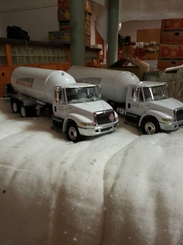 tandem axle propane trucks