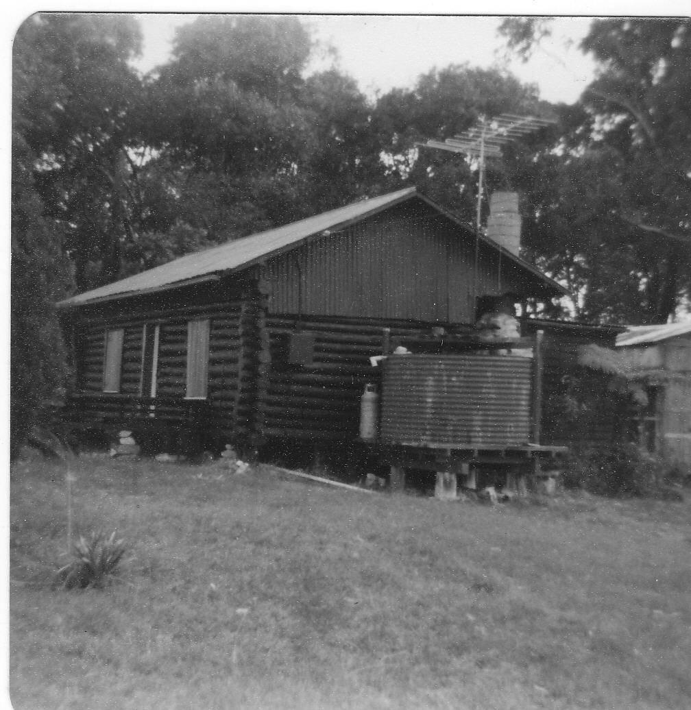 Log Cabin in Malua Bay