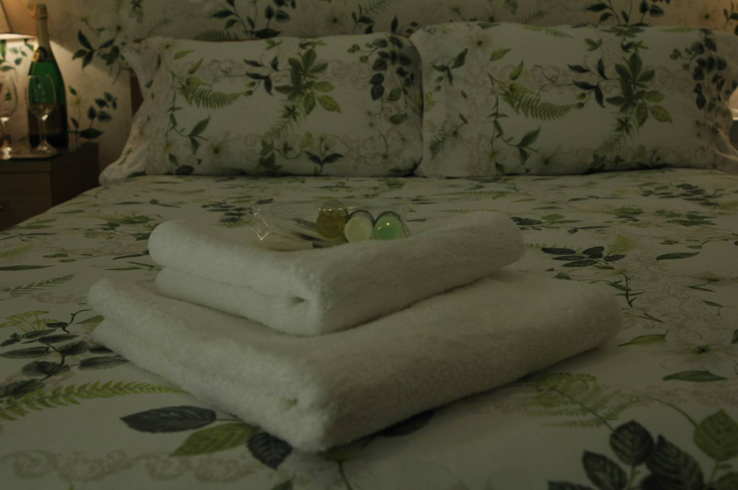 Towels and toiletries.