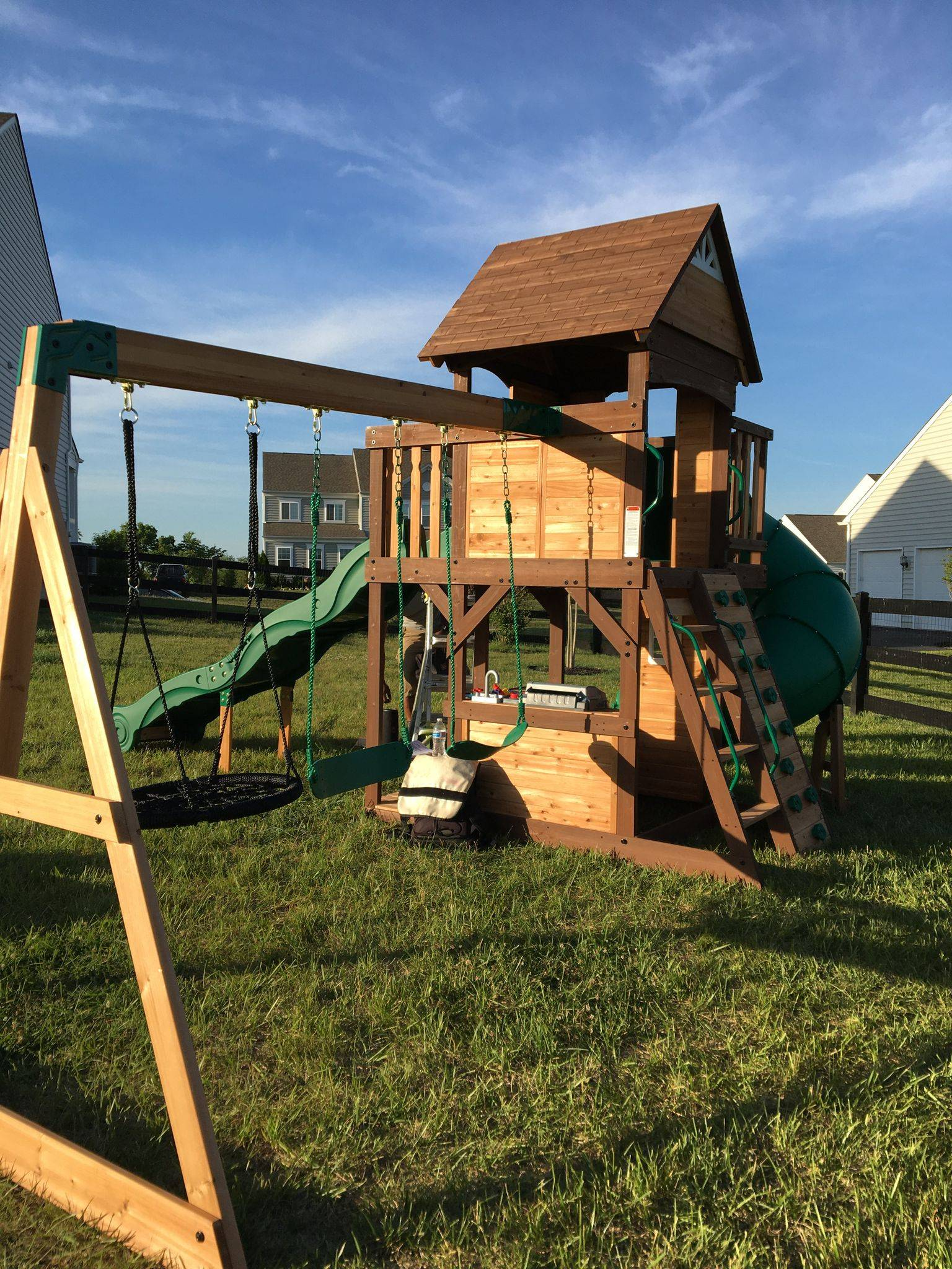 Backyard discovery cedar cove swing set assembly in poolesville Maryland