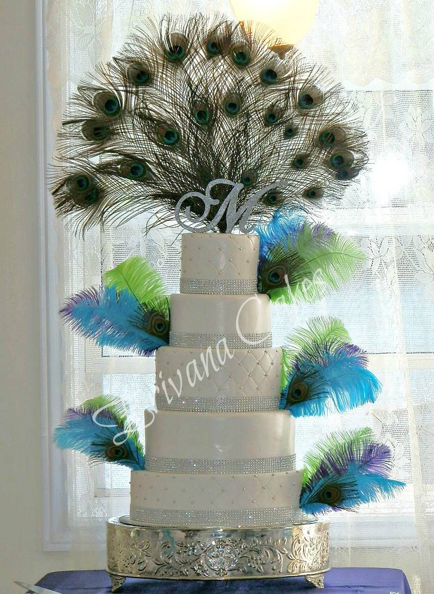Peacock themed wedding cake 2