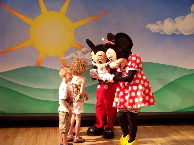 Meeting Mickey and Minnie for the first time