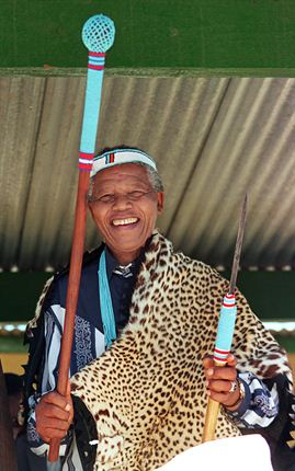 Mandela in traditional african clothes
