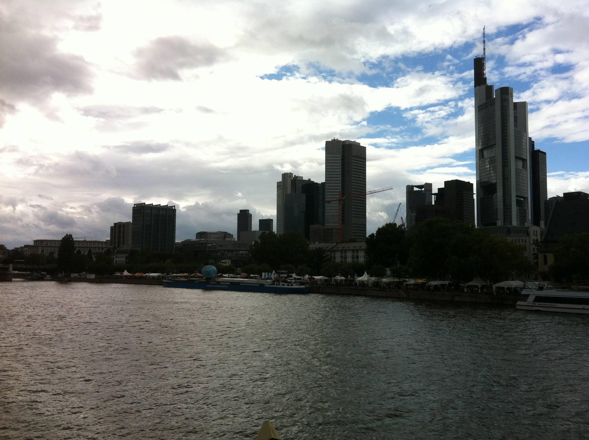 Frankfurt On Foot