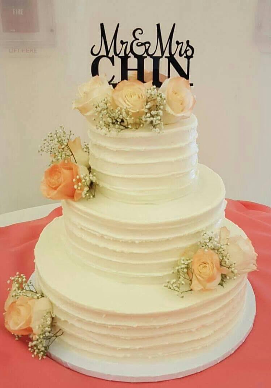 White Swirl Wedding Cake