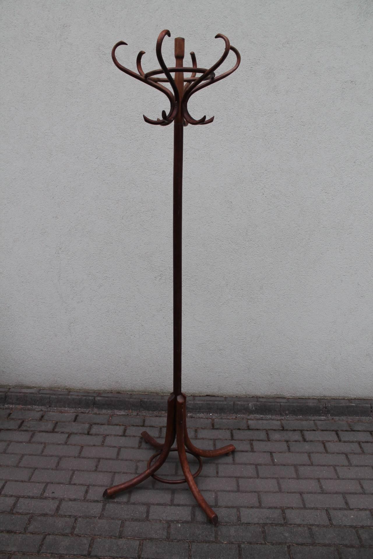 Antikvarine Thonet kabykla. Kaina 82