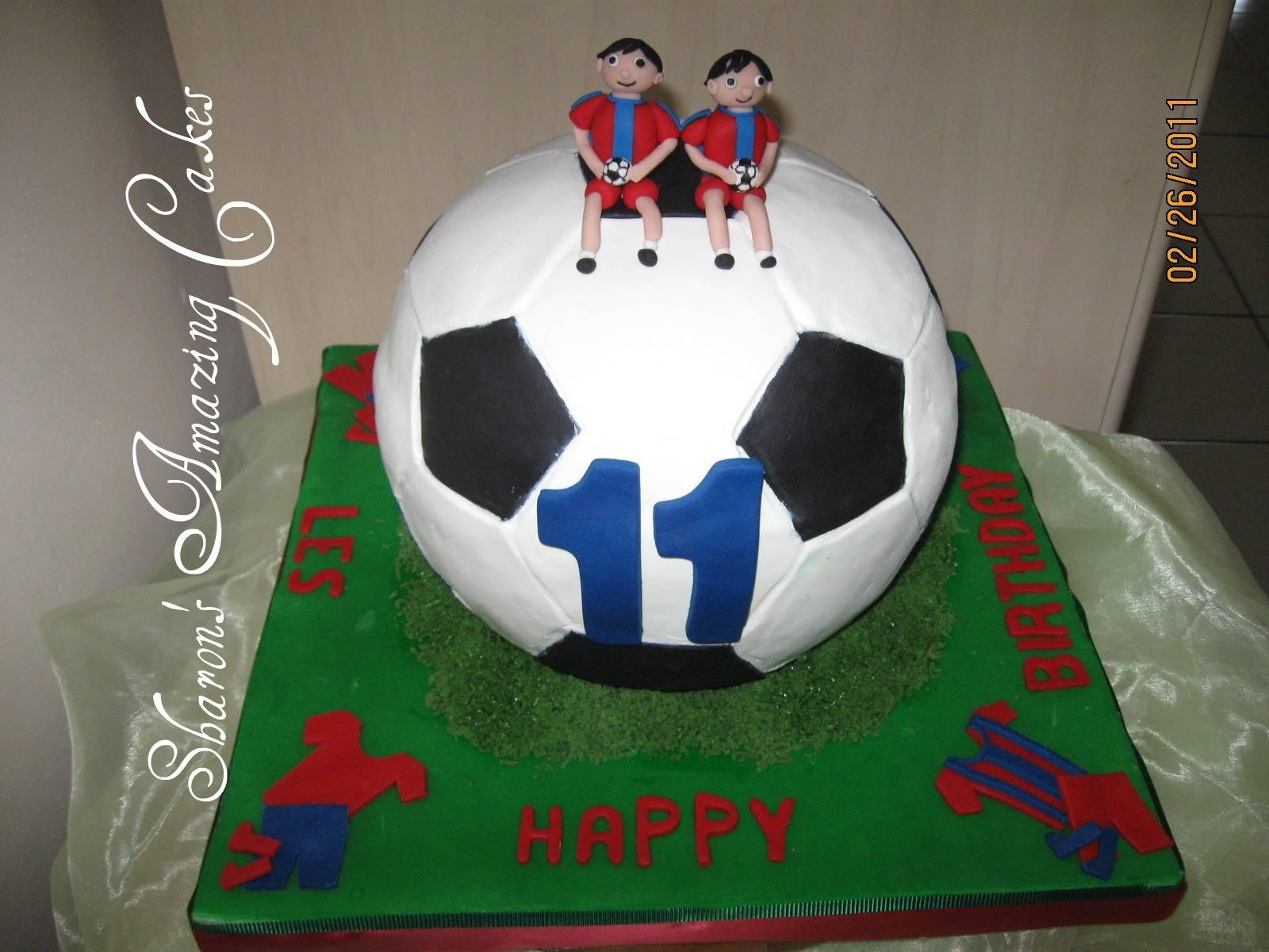 CAKE 24A1 -Football Cake