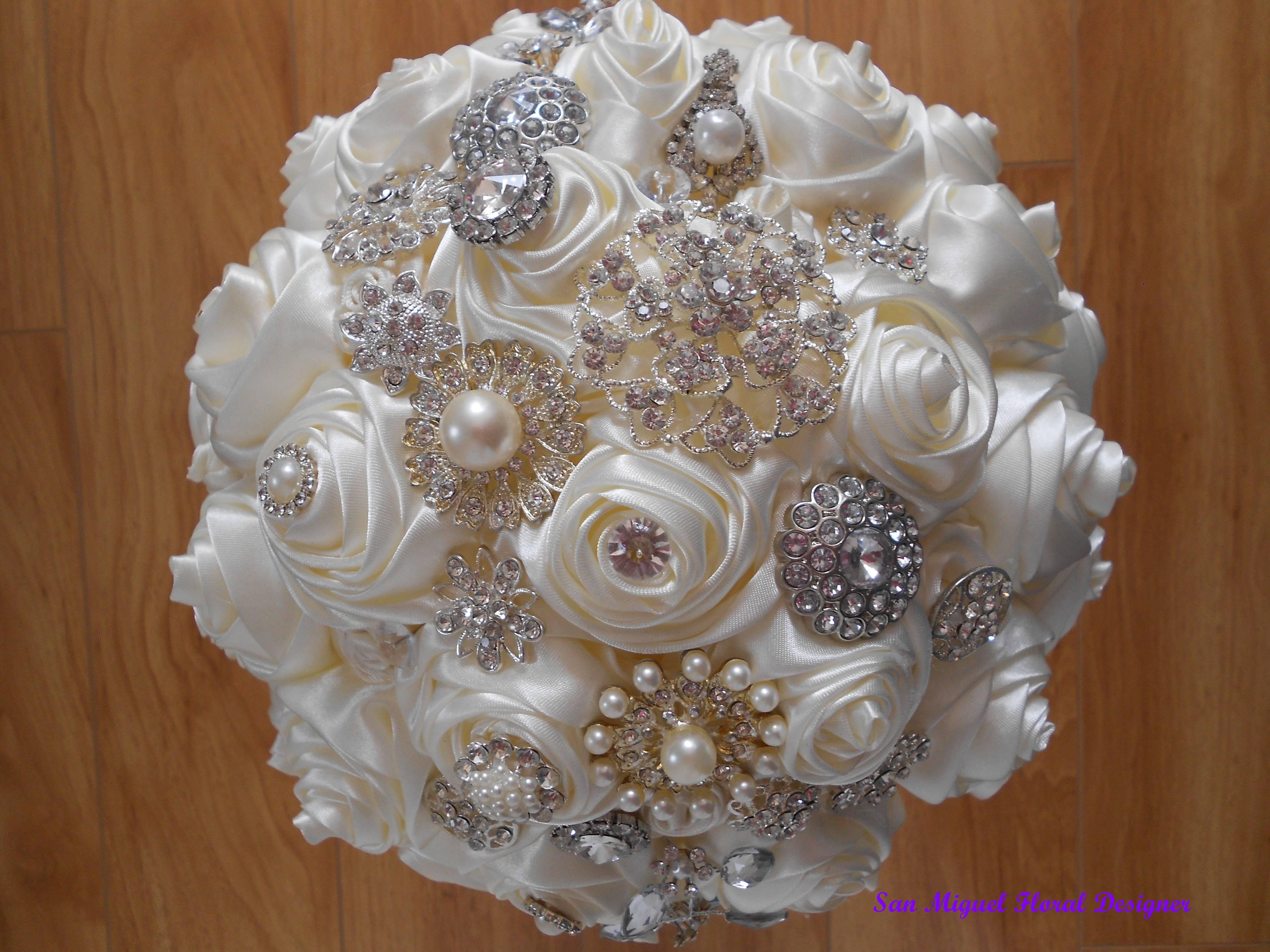 Brooch Bouquet   #B44