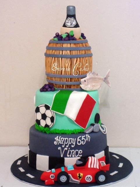 Wine Barrel Cake, Race Car Cake, Soccerball Cake(SP152)