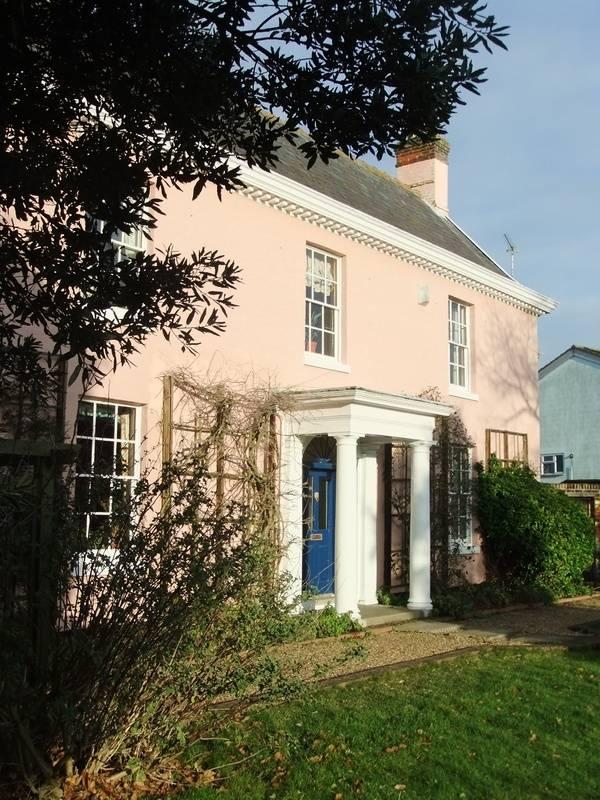 Grange Farm House B&B, Grange Farm House, 48 Grange Road, Felixstowe, Suffolk, IP11 2JR, United Kingdom