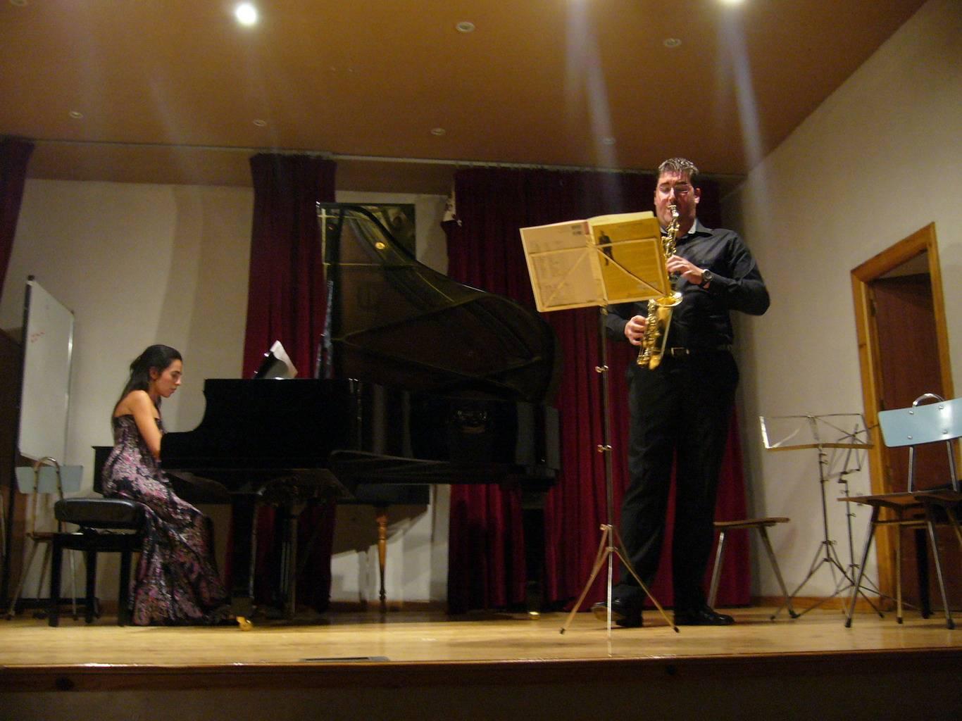 Antonio CANOVAS y MARIA Vega en concierto