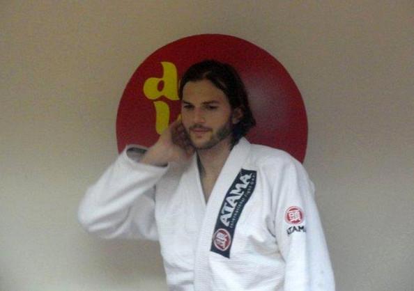 Ashton Kutcher - Brazilian Jujitsu