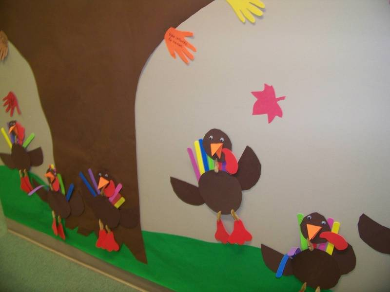 Foam and pipecleaner turkeys