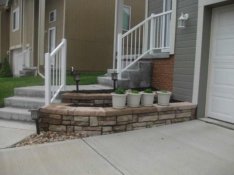 Cornerstone wall/cobble faced