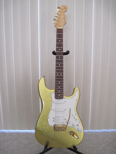 1992 Fender Stratocaster Plus Custom Shop Gold Metal Flake