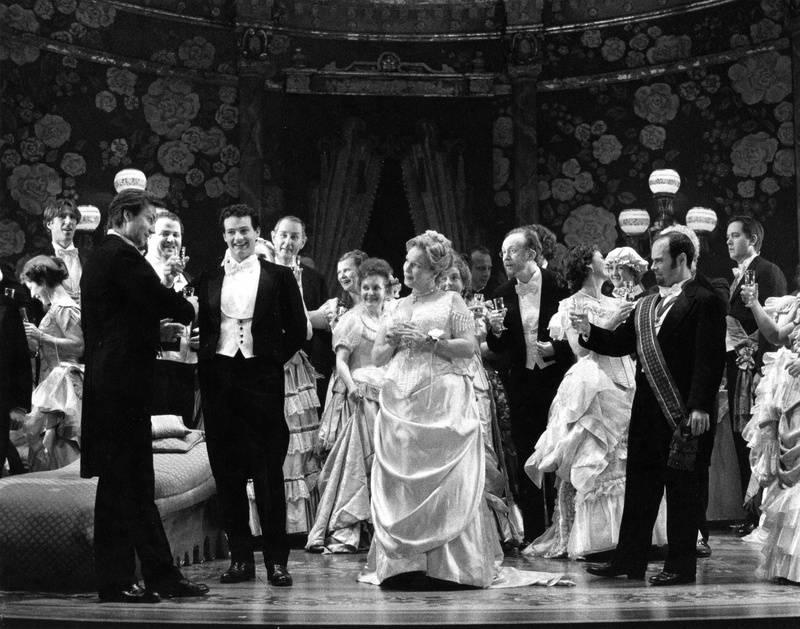 La Traviata, Pacific Opera Victoria, Fall 2001