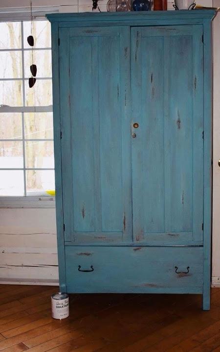 Armoire peinte couleur Provence