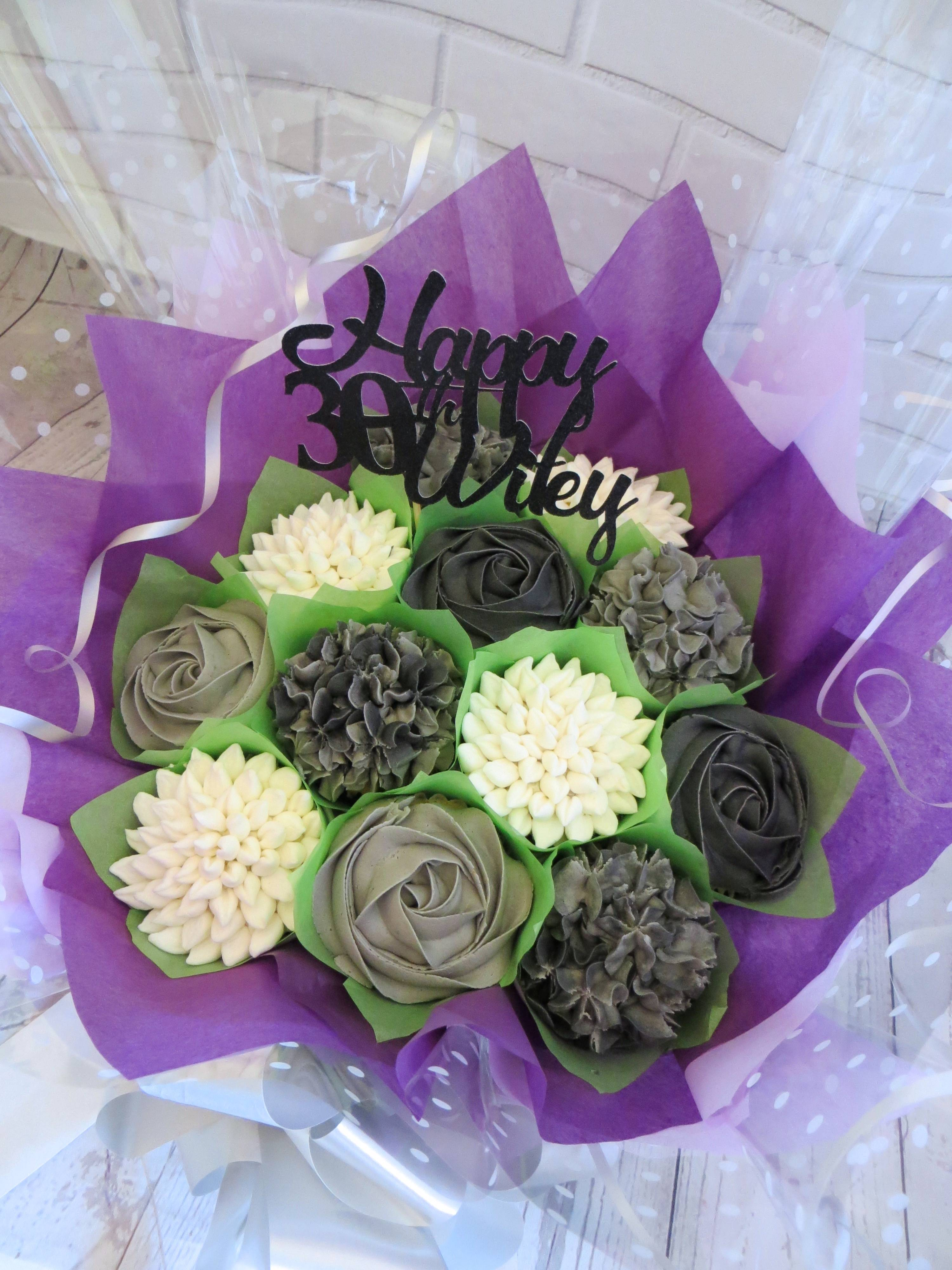White and grey 30th birthday bouquet