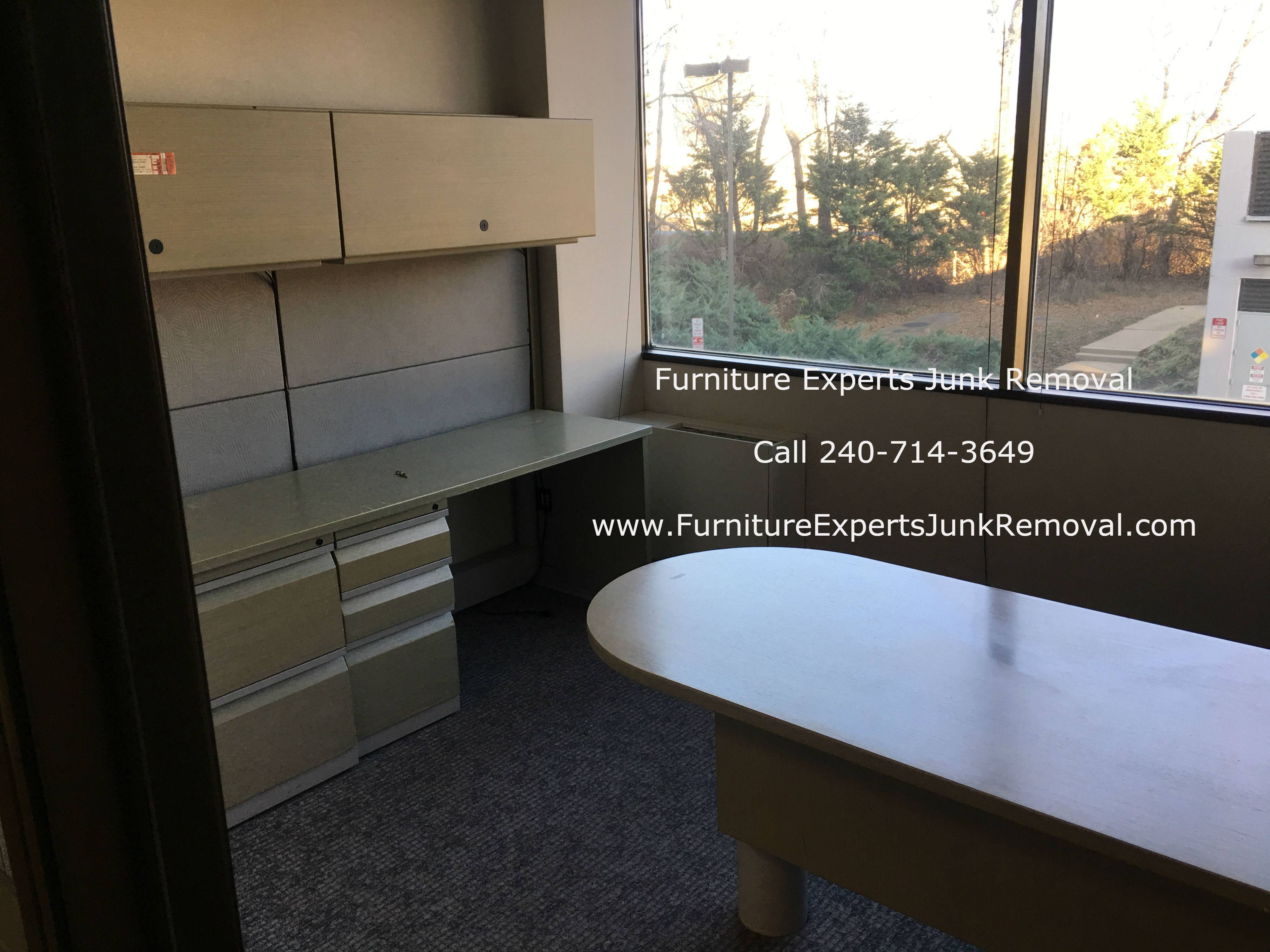 Junk office furniture removal in Baltimore MD
